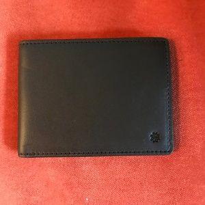 HOOK & ALBERT Black Leather Bifold Wallet NWT